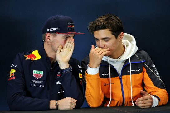 (L to R): Max Verstappen (NLD) Red Bull Racing and Lando Norris (GBR) McLaren in the FIA Press Conference.