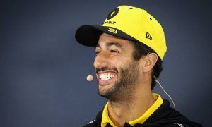 Ricciardo describes his 2020 expectations in one word: 'Champagne!'