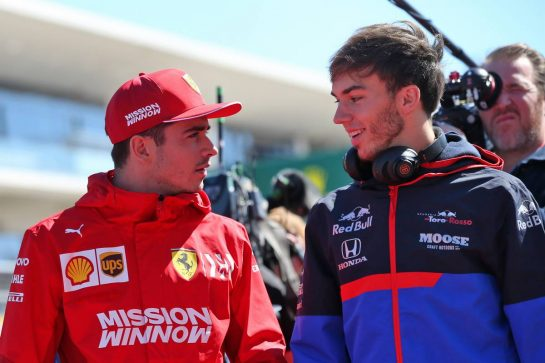 (L to R): Charles Leclerc (MON) Ferrari with Pierre Gasly (FRA) Scuderia Toro Rosso on the drivers parade.