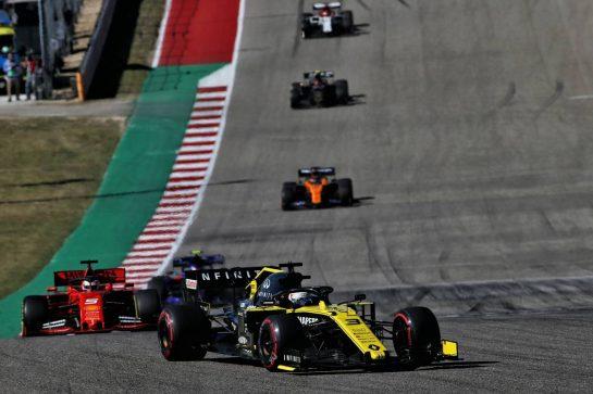 Daniel Ricciardo (AUS) Renault F1 Team RS19. 03.11.2019. Formula 1 World Championship, Rd 19, United States Grand Prix, Austin, Texas, USA, Race Day. - www.xpbimages.com, EMail: requests@xpbimages.com © Copyright: Batchelor / XPB Images