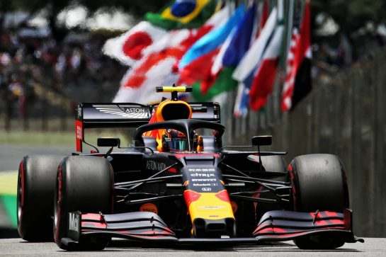 Alexander Albon (THA) Red Bull Racing RB15. 16.11.2019. Formula 1 World Championship, Rd 20, Brazilian Grand Prix, Sao Paulo, Brazil, Qualifying Day. - www.xpbimages.com, EMail: requests@xpbimages.com © Copyright: Batchelor / XPB Images