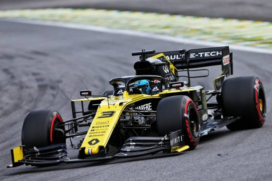 Daniel Ricciardo (AUS) Renault F1 Team RS19. 16.11.2019. Formula 1 World Championship, Rd 20, Brazilian Grand Prix, Sao Paulo, Brazil, Qualifying Day. - www.xpbimages.com, EMail: requests@xpbimages.com © Copyright: Moy / XPB Images