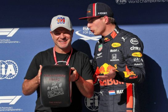 (L to R): Rubens Barrichello (BRA) presents the Pirelli Pole Position Award to Max Verstappen (NLD) Red Bull Racing.