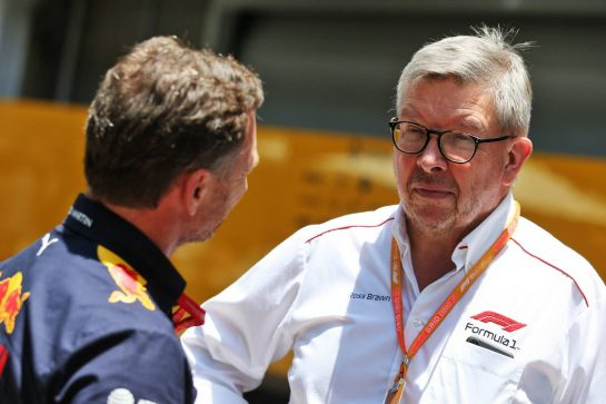 (L to R): Christian Horner (GBR) Red Bull Racing Team Principal with Ross Brawn (GBR) Managing Director, Motor Sports. 17.11.2019. Formula 1 World Championship, Rd 20, Brazilian Grand Prix, Sao Paulo, Brazil, Race Day. - www.xpbimages.com, EMail: requests@xpbimages.com © Copyright: Moy / XPB Images