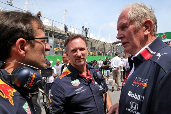 (L to R): Pierre Wache (FRA) Red Bull Racing Technical Director with Christian Horner (GBR) Red Bull Racing Team Principal and Dr Helmut Marko (AUT) Red Bull Motorsport Consultant on the grid.