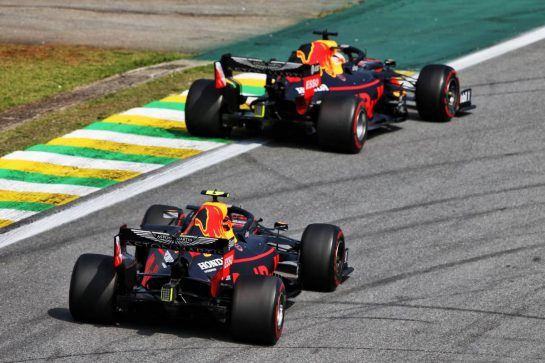 Max Verstappen (NLD) Red Bull Racing RB15 leads team mate Alexander Albon (THA) Red Bull Racing RB15. 17.11.2019. Formula 1 World Championship, Rd 20, Brazilian Grand Prix, Sao Paulo, Brazil, Race Day. - www.xpbimages.com, EMail: requests@xpbimages.com © Copyright: Moy / XPB Images