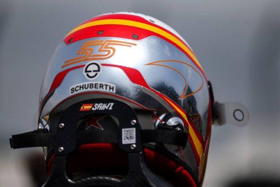 Carlos Sainz Jr (ESP), McLaren F1 Team 17.11.2019. Formula 1 World Championship, Rd 20, Brazilian Grand Prix, Sao Paulo, Brazil, Race Day.- www.xpbimages.com, EMail: requests@xpbimages.com © Copyright: Charniaux / XPB Images