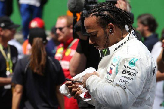 Lewis Hamilton (GBR) Mercedes AMG F1 W10.17.11.2019. Formula 1 World Championship, Rd 20, Brazilian Grand Prix, Sao Paulo, Brazil, Race Day.- www.xpbimages.com, EMail: requests@xpbimages.com © Copyright: Batchelor / XPB Images