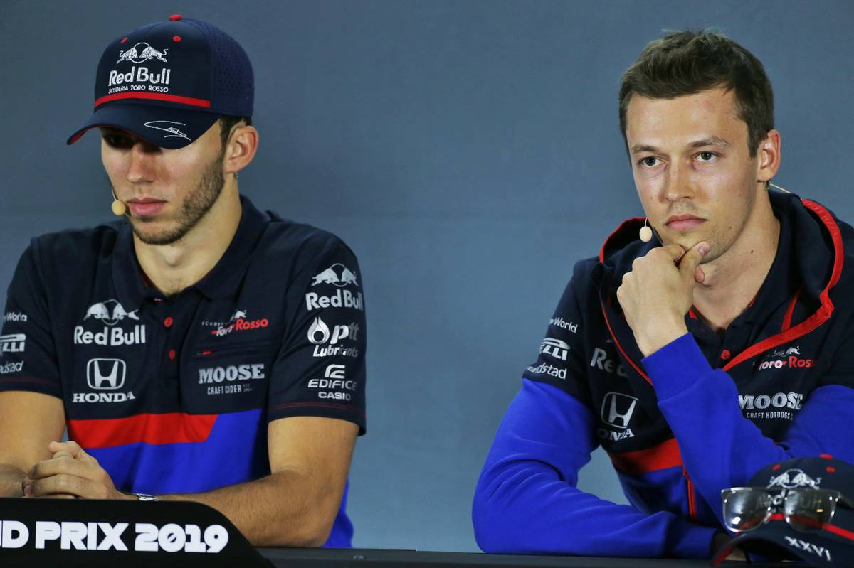 Pierre Gasly (FRA) Scuderia Toro Rosso and Daniil Kvyat (RUS) Scuderia Toro Rosso in the FIA Press Conference.