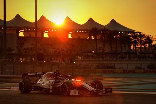 Antonio Giovinazzi (ITA) Alfa Romeo Racing C38. 29.11.2019. Formula 1 World Championship, Rd 21, Abu Dhabi Grand Prix, Yas Marina Circuit, Abu Dhabi, Practice Day. - www.xpbimages.com, EMail: requests@xpbimages.com © Copyright: Moy / XPB Images