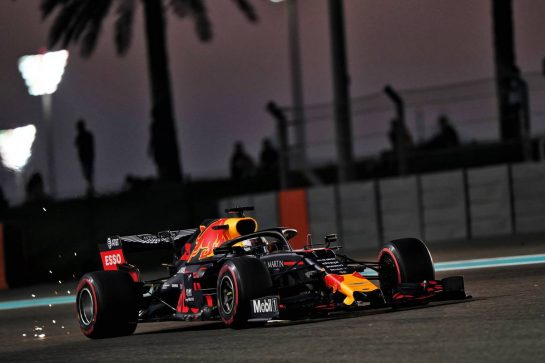 Max Verstappen (NLD) Red Bull Racing RB15. 29.11.2019. Formula 1 World Championship, Rd 21, Abu Dhabi Grand Prix, Yas Marina Circuit, Abu Dhabi, Practice Day. - www.xpbimages.com, EMail: requests@xpbimages.com © Copyright: Dungan / XPB Images
