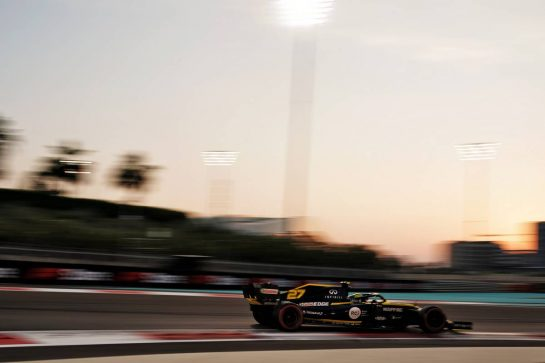 Nico Hulkenberg (GER) Renault F1 Team RS19. 30.11.2019. Formula 1 World Championship, Rd 21, Abu Dhabi Grand Prix, Yas Marina Circuit, Abu Dhabi, Qualifying Day.  - www.xpbimages.com, EMail: requests@xpbimages.com © Copyright: Dungan / XPB Images