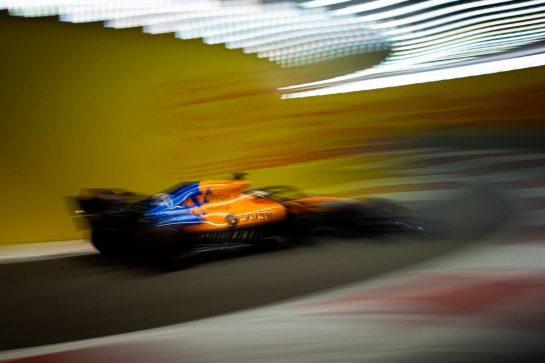Carlos Sainz Jr (ESP) McLaren MCL34. 30.11.2019. Formula 1 World Championship, Rd 21, Abu Dhabi Grand Prix, Yas Marina Circuit, Abu Dhabi, Qualifying Day.  - www.xpbimages.com, EMail: requests@xpbimages.com © Copyright: Bearne / XPB Images