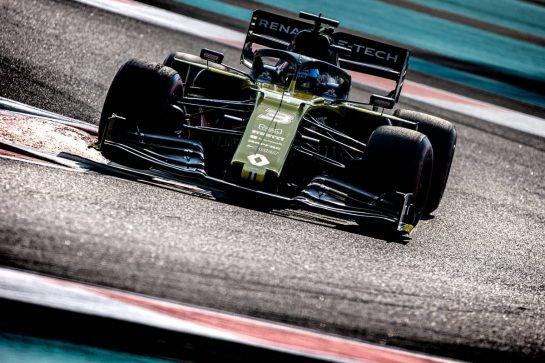 Daniel Ricciardo (AUS) Renault F1 Team RS19. 30.11.2019. Formula 1 World Championship, Rd 21, Abu Dhabi Grand Prix, Yas Marina Circuit, Abu Dhabi, Qualifying Day.  - www.xpbimages.com, EMail: requests@xpbimages.com © Copyright: Bearne / XPB Images