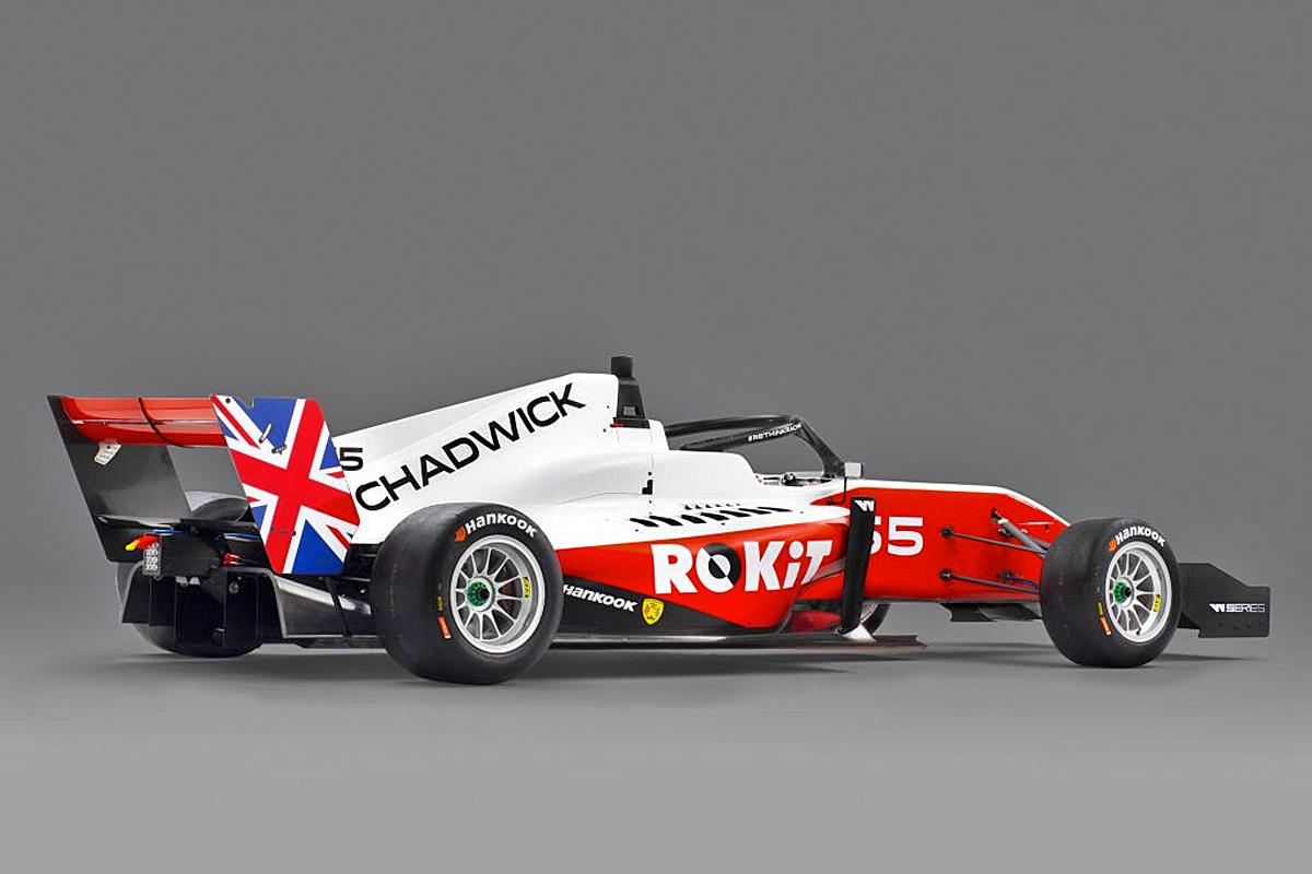 Jamie Chadwick's 2020 car with ROKiT branding.