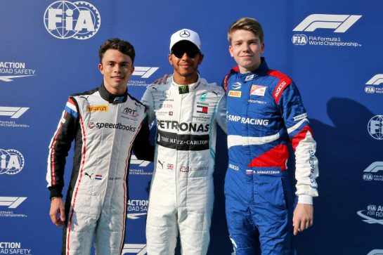 (L to R): Nyck De Vries (NLD) ART Grand Prix, F2 Champion; Lewis Hamilton (GBR) Mercedes AMG F1, F1 World Champion; Robert Shwartzman (RUS) Prema Racing, F3 Champion.