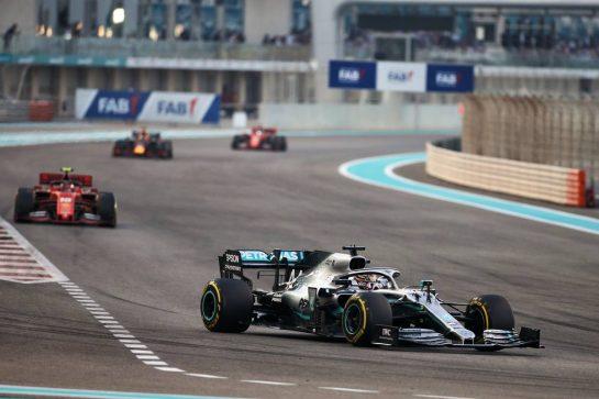 Lewis Hamilton (GBR) Mercedes AMG F1 W10. 01.12.2019. Formula 1 World Championship, Rd 21, Abu Dhabi Grand Prix, Yas Marina Circuit, Abu Dhabi, Race Day. - www.xpbimages.com, EMail: requests@xpbimages.com © Copyright: Charniaux / XPB Images