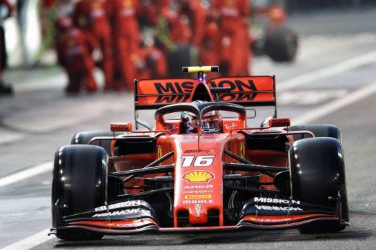 Charles Leclerc (MON) Ferrari SF90 makes a pit stop. 01.12.2019. Formula 1 World Championship, Rd 21, Abu Dhabi Grand Prix, Yas Marina Circuit, Abu Dhabi, Race Day.  - www.xpbimages.com, EMail: requests@xpbimages.com © Copyright: Bearne / XPB Images