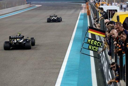 Nico Hulkenberg (GER), Renault Sport F1 Team 01.12.2019. Formula 1 World Championship, Rd 21, Abu Dhabi Grand Prix, Yas Marina Circuit, Abu Dhabi, Race Day.- www.xpbimages.com, EMail: requests@xpbimages.com © Copyright: Charniaux / XPB Images
