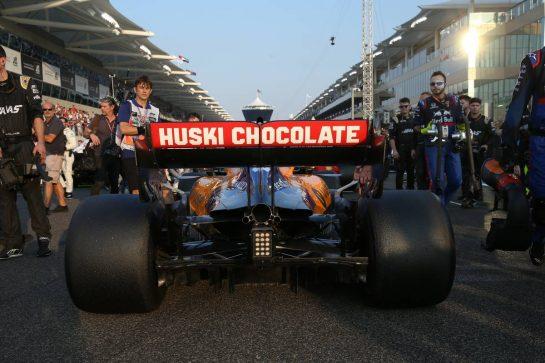 Carlos Sainz Jr (ESP) McLaren MCL34.01.12.2019. Formula 1 World Championship, Rd 21, Abu Dhabi Grand Prix, Yas Marina Circuit, Abu Dhabi, Race Day.- www.xpbimages.com, EMail: requests@xpbimages.com © Copyright: Batchelor / XPB Images
