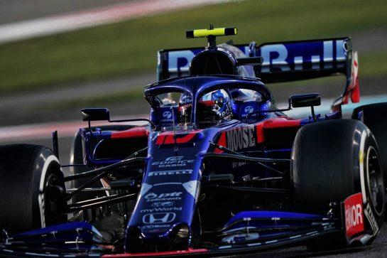 Pierre Gasly (FRA) Scuderia Toro Rosso STR14. 01.12.2019. Formula 1 World Championship, Rd 21, Abu Dhabi Grand Prix, Yas Marina Circuit, Abu Dhabi, Race Day.  - www.xpbimages.com, EMail: requests@xpbimages.com © Copyright: Dungan / XPB Images