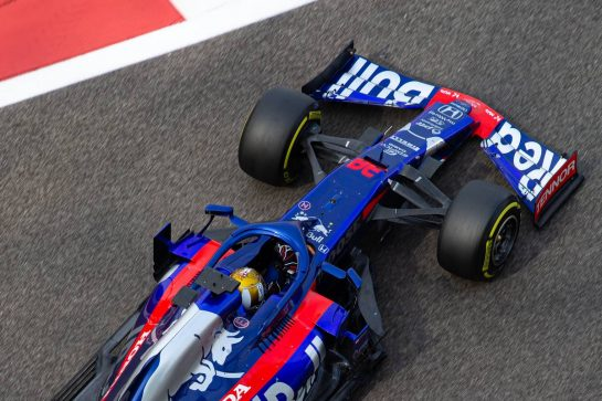 Sean Gelael (IDN) Scuderia Toro Rosso STR14 Test Driver. 03.12.2019. Formula 1 Testing, Yas Marina Circuit, Abu Dhabi, Tuesday.  - www.xpbimages.com, EMail: requests@xpbimages.com © Copyright: Bearne / XPB Images