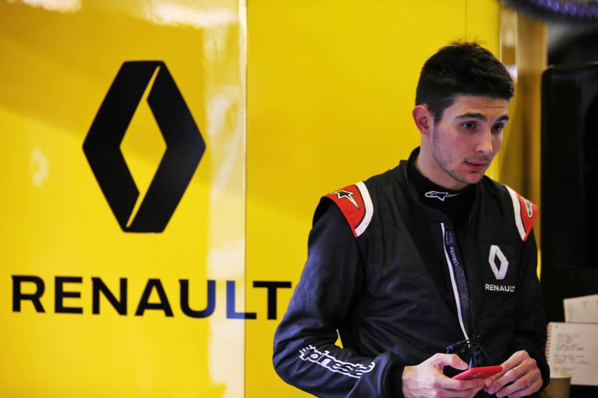 Esteban Ocon (FRA) Renault F1 Team.