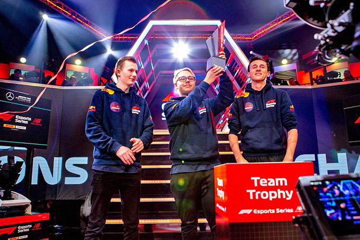 2019 F1 New Balance eSports Pro Series Team Champions - Red Bull
