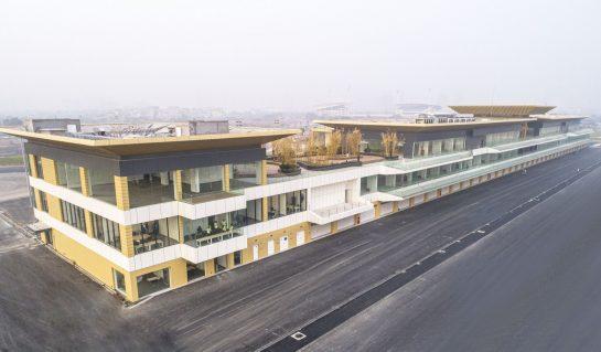 Vietnam GP pit building