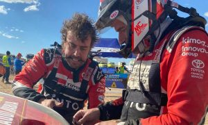 Alonso's Dakar hopes dealt major blow!