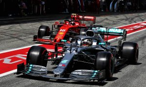 Symonds surprised by rivals' struggles to catch Mercedes
