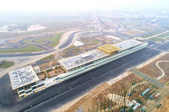 .Vietnam GP pit building
