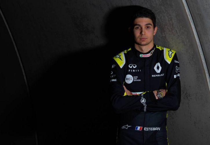 Renault tease 2020 F1 vehicle at season kick-off in Paris