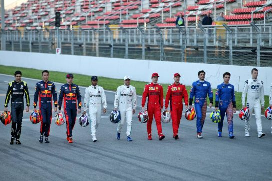 Drivers group photograph. 19.02.2020. Formula One Testing, Day One, Barcelona, Spain. Wednesday. - www.xpbimages.com, EMail: requests@xpbimages.com © Copyright: Batchelor / XPB Images