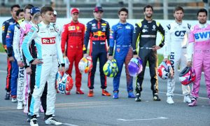F1 teams agree to cap drivers' salaries from 2023!