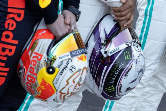 The helmets of Max Verstappen (NLD) Red Bull Racing and Lewis Hamilton (GBR) Mercedes AMG F1 at a drivers group photograph. 19.02.2020. Formula One Testing, Day One, Barcelona, Spain. Wednesday. - www.xpbimages.com, EMail: requests@xpbimages.com © Copyright: Bearne / XPB Images