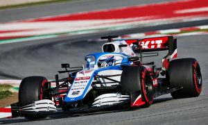 Williams wrong to rely on pay drivers - Barrichello