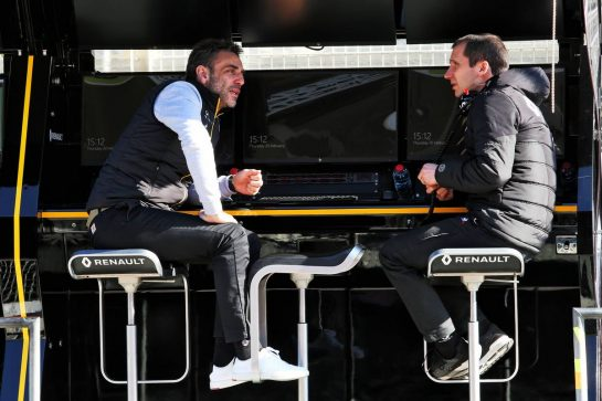 (L to R): Cyril Abiteboul (FRA) Renault Sport F1 Managing Director with Remi Taffin (FRA) Renault Sport F1 Engine Technical Director on the pit gantry. 20.02.2020. Formula One Testing, Day Two, Barcelona, Spain. Thursday. - www.xpbimages.com, EMail: requests@xpbimages.com © Copyright: Moy / XPB Images