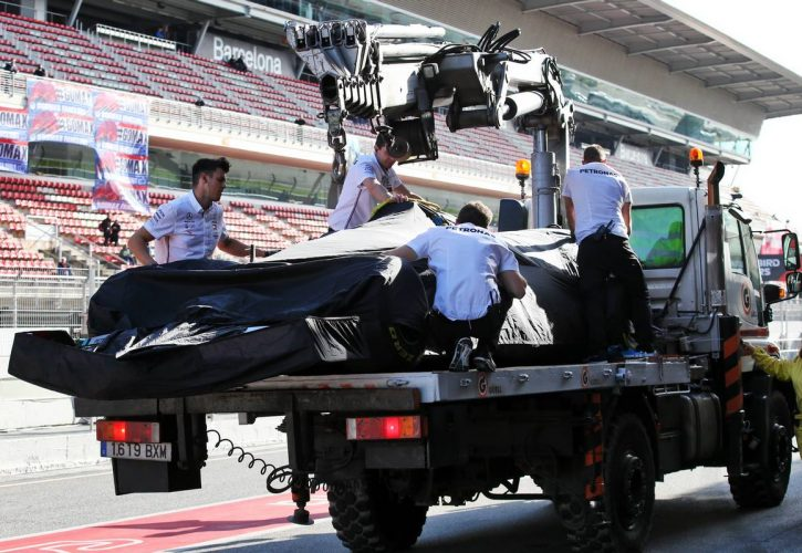 The Mercedes AMG F1 W11 of Lewis Hamilton (GBR) Mercedes AMG F1 is recovered back to the pits on the back of a truck.