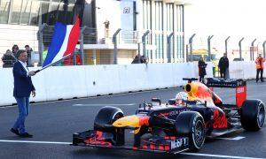 Watch Verstappen venture out on new Zandvoort track !