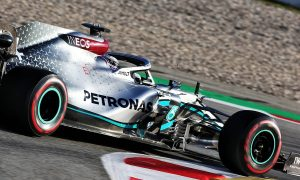 Mercedes aims for net-zero carbon footprint by end of 2020