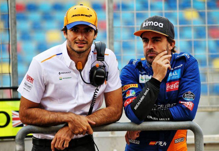 (L to R): Fernando Alonso (ESP) McLaren Test Driver with Carlos Sainz Jr (ESP) McLaren.