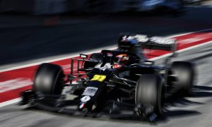 Renault drivers log 250 laps in two-day test in Austria