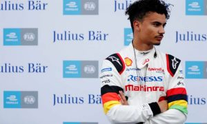 Wehrlein leaves Mahindra - set to join Porsche FE squad!