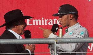 Hamilton urges F1 legends to 'educate' themselves