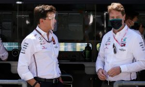 Mercedes boss Källenius rubbishes rumors of conflict with Wolff