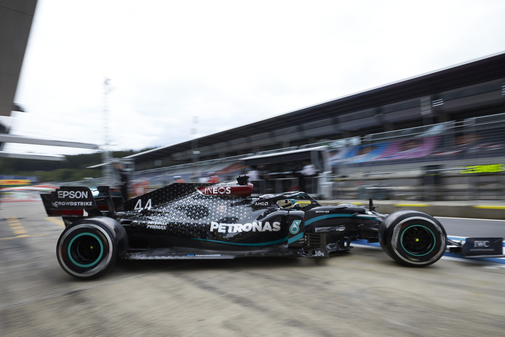 Mercedes has 'new components' to help solve gearbox issues - F1i.com