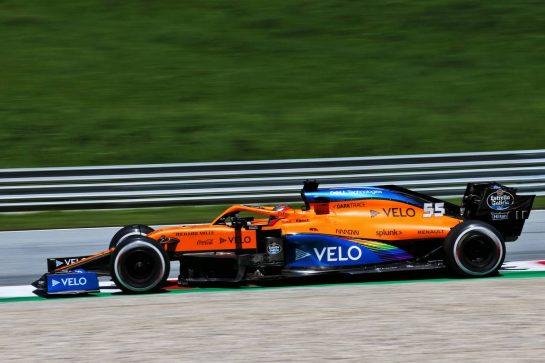 Carlos Sainz Jr (ESP) McLaren MCL35. 10.07.2020. Formula 1 World Championship, Rd 2, Steiermark Grand Prix, Spielberg, Austria, Practice Day. - www.xpbimages.com, EMail: requests@xpbimages.com © Copyright: Charniaux / XPB Images