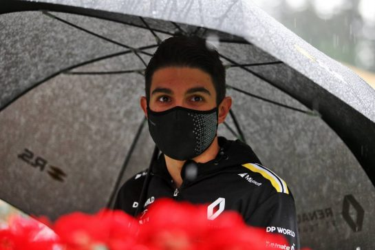 Esteban Ocon (FRA) Renault F1 Team - heavy rain in the paddock. 11.07.2020. Formula 1 World Championship, Rd 2, Steiermark Grand Prix, Spielberg, Austria, Qualifying Day. - www.xpbimages.com, EMail: requests@xpbimages.com © Copyright: Moy / XPB Images