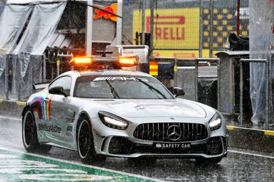 The FIA Safety Car as heavy rain falls in the third practice session. 11.07.2020. Formula 1 World Championship, Rd 2, Steiermark Grand Prix, Spielberg, Austria, Qualifying Day. - www.xpbimages.com, EMail: requests@xpbimages.com © Copyright: Moy / XPB Images